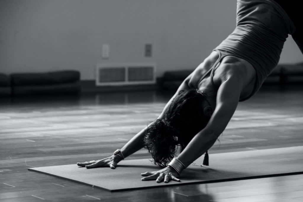Yoga-bei-hormonellem-Ungleichgewicht