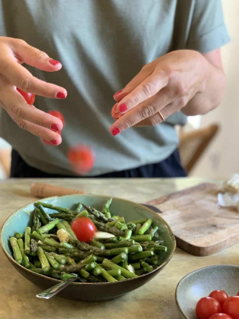 Tomaten und Spargel Pasta